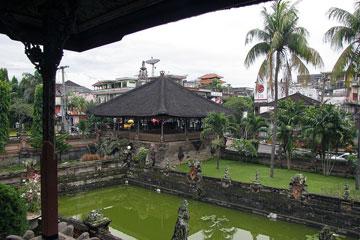 Klungkung királyi palotakert