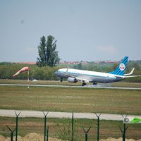 KLM, Amszterdam - Budapest repülőjárat ( repülőgép típus: Boeing 737-8K2, felségjel: PH-BXA)