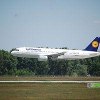 Lufthansa, München - Budapest repülőjárat ( repülőgép típus: Airbus A320-200, felségjel: D-AIPZ)