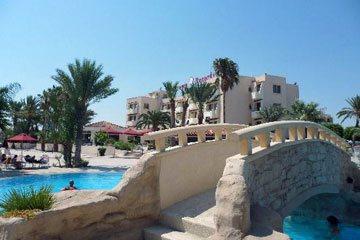 Larnaca hostel