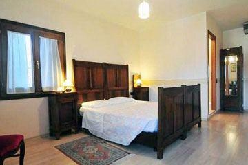 Velence hotel